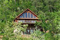Abby's Valley View3 Bedrooms, 3 BathsRates: $199, $219, $239, $259 per night.  Volunteer Cabin Rentals