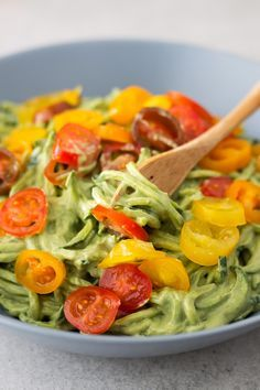 Zucchini Noodles with Avocado Sauce You only need 5 ingredients to make the creamy avocado sauce: water, lemon juice, avocado, pine nuts and basil. Feel free to use other nuts instead of the pine nuts (I love cashews and walnuts) or any leafy green instead of the basil (spinach also works).