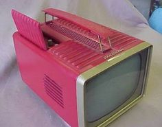 1950's Atomic Ranch House: 1950's Pink RCA Victor T.V.