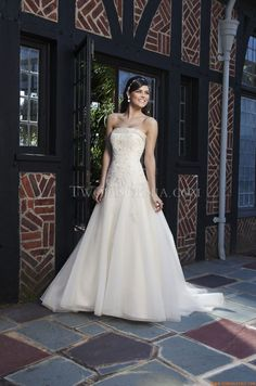 Robe de mariée Sincerity 3743 Spring 2013