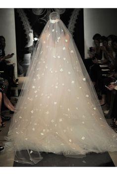 Reem Acra - Bridal Spring 2014  TAGS:Floor-length, Floral, Strapless, White, Reem Acra, Tulle, Romantic