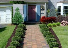 Voortuin « ZelkovA tuinontwerp The best small front yard landscaping - Backyard Ideas and Designs, Front Walkway Landscaping, Sidewalk Landscaping, Front Yard Walkway, Backyard Landscaping, Landscaping Ideas, Sidewalk Ideas, Front Yards, Backyard Kids, Front Yard Hedges