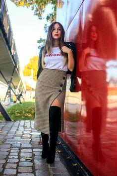 #skirt #tartanskirt #wrapskirt #otk #cuissarde #perfecto #leatherjacket #fashion #mode #sexy #parisianstyle
