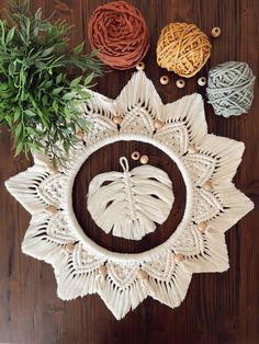 Macrame Wall Hanging Patterns, Hanging Flower Wall, Macrame Patterns, Macrame Mirror, Macrame Art, Macrame Design, Foto Art, Christmas Is Coming, Cute Drawings