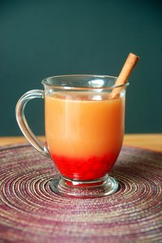 So why not stay toasty inside with this delicious drink? Red Hot Apple Cider is not only abs. Tea Recipes, Apple Recipes, Fall Recipes, Winter Drinks, Holiday Drinks, Holiday Fun, Hot Toddy, Mojito, Best Apple Cider