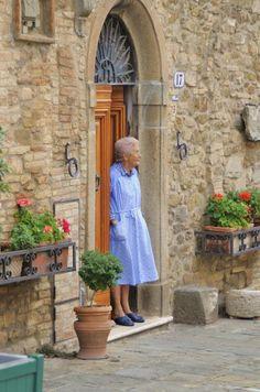 """""""Neighborhood Watch"""" Tuscany, Italy by: www.jimbenest.com"""