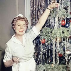 Still of Shirley Booth in Hazel