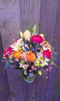 Ein Traum von Brautstrauss - bunte Wildblumen