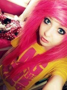 emo❤ love her pink hair Cute Scene Girls, Cute Emo Girls, Scene Kids, Pretty Hairstyles, Girl Hairstyles, Hot Pink Hair, Emo Scene Hair, Dye My Hair, Cool Hair Color