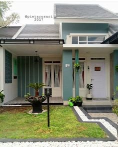 new Ideas exterior house renovation home plans House Paint Exterior, Exterior House Colors, Modern Exterior, Exterior Design, Casa Real, Minimalist House Design, Best House Plans, Home Design Plans, Shabby Chic Homes