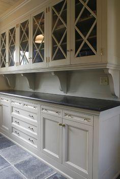 White cabinets, farmhouse interior design
