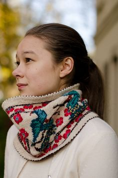 Ravelry: Peacock Cowl pattern by Stephannie Tallent - Duplicate Stitch