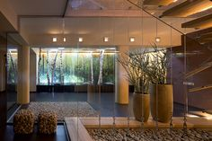 Modern Glass House Interior With Gravel Decor Luxurious Modern House by Yakusha Design Home design Modern Glass House, Modern House Design, Home Design, Design Ideas, Glass Wall Design, Pierre Decorative, Entry Way Design, Contemporary Interior Design, Glass Panels