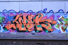 Knows piece, Graffiti