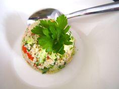 Tabbouleh-salaatti / Kotitalosta http://www.stoori.fi/kotitalosta/tabbouleh-salaatti/