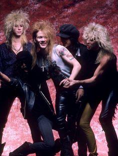 Poor slash while duff just stands there. Guns n Roses Axl Rose, Guns N Roses, Duff Mckagan, Metallica, 80s Rock Bands, Cool Bands, Rock Poster, Idol, Rock Legends