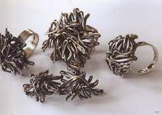 Kuvahaun tulos haulle leppäkertut kuvina Floral, Rings, Flowers, Jewelry, Fashion, Moda, Jewlery, Jewerly, Fashion Styles