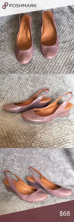 Gentle Souls Low Wedge Slingback Pumps Sz 8.5 M Ultra Comfortable Ultra Soft Very Fashionable Low Wedge All Leather Slingback Pump Arch Support Designed for Comfort  Size 8.5 M gentle souls Shoes Slippers
