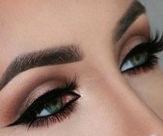 #prom #eyes #pretty #edressme #makeup #eyeshadow #prommmakes #beautiful