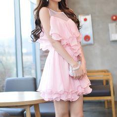 Dot sleeveless dress woman flounced stitching