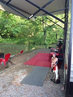RV Park and Campground on Tallulah River near Tallulah Gorge State Park. We offer camp sites, RV rental and Cabin Rental.