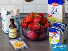 Erdbeer-Tiramisu - Life Is Full Of Goodies Strawberry Daiquiri Recipe, Strawberry Panna Cotta, Strawberry Drinks, Strawberry Recipes, Cooking Chef Gourmet, Kenwood Cooking, Drink Menu, Food And Drink, Cuba Libre Recipe