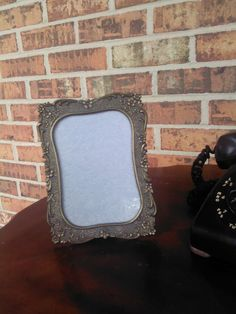 MOTHER'S DAY SALE  Vintage Brass Frame - Free Shipping -  - $16.00