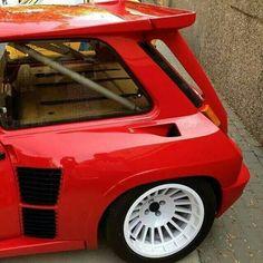 Renault 5 turbo Renault 5 Turbo, Alpine Renault, Renault Sport, Gt Turbo, Turbo Car, Road Race Car, Race Cars, Mini Cooper Custom, Clio Williams