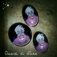 Ursula, la Strega dei Mari Disney.  Cabochon by Quarti di Luna 2016