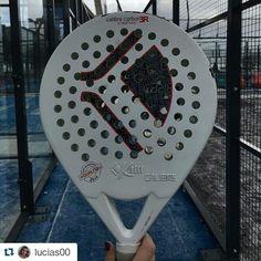 @lucias00 nos muestra el arma con el que gana a sus rivales! Gracias por acordarte de nosotros usando el #padeladdict !  #worldpadeltour #kaitt #repost #padel #padeltime #instapadel
