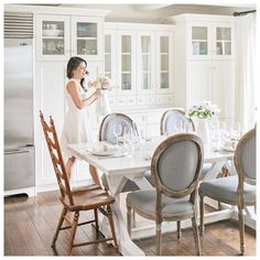 50 Jillian Harris Home Interior Design - If youre looking to sell your house and dont need to put lots of money in to renovating it, Jillian claims that the appearance of a space can be imp. by Joey Jillian Harris, Prize Homes, Kitchen Dinning, Dining Rooms, Kitchen Tables, Dining Table, Rustic Chair, Bright Kitchens, Layout