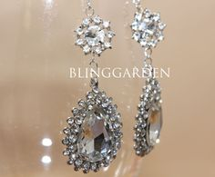$26.99 USD  6 available  Favorite  Shop        blinggarden      Wedding Party & Costume Crystal Pearl Jewelry Craft    A pair of Glass Rhinestone Crystal Rhombus Wedding Shoes Clips BRH00335  Bow Rhinestone Crystals Wedding Bridal Dress Belt Sash Buckle Closure Clasp with white sash  553 items        See who favorites this shop    Shop owner  blinggarden        blinggarden      Hong Kong      Favorites      Followers      Feedback: 597, 99% pos.      Contact    Item        See who favorites…
