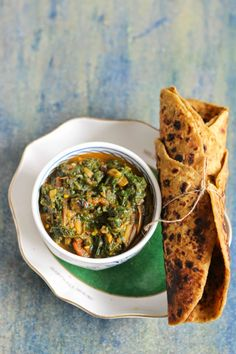 PALAK BHAJI (mashed spinach stir-fry with onion and tomato) ~~~ this recipe is shared with us from her great grandmother's kitchen. [India] [merrytummy]