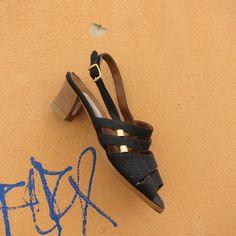 sandali neri oro vintage nuovi 36