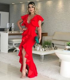 Elegant Dresses for Thanksgiving Elegant Outfit, Elegant Dresses, Satin Dresses, Gowns, African Fashion Ankara, Evening Dresses, Summer Dresses, Houndstooth Dress, Wedding Dress Sleeves