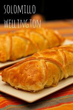 Solomillo Wellington Meat Recipes, Healthy Recipes, Good Food, Yummy Food, Canapes, Sweet And Salty, Empanadas, Food For Thought, Hot Dog Buns