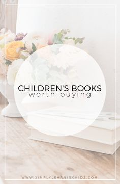 A list of children's books that are worth adding to your home library! Perfect for a minimalistic homeschool approach. Preschool Library, Preschool Books, Science Books, Teaching Kids, Kids Learning, Minimalist Homeschool, Simply Learning, Five In A Row, Charlotte Mason