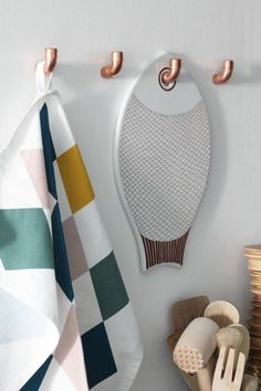 sehr schöne haken für küche oder bad metallrohr haken wohnideen selber machen küchenideen