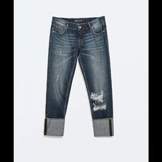 Zara Ripped Boyfriend Jeans + FREEBIE   A trendy ripped boyfriend jeans I bought while in Belgium. It is in Euro 36 size equivalent to 04 in the USA. Zara Jeans Boyfriend