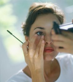 6 Mascara Mistakes We All Make — And Shouldn't | Dailymakeover
