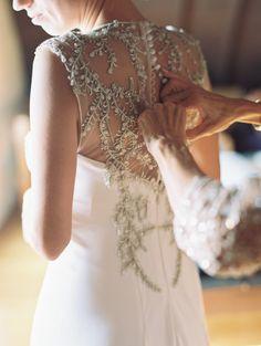 Photography: Carmen Santorelli Photography - carmensantorellistudio.com  Read More: http://www.stylemepretty.com/2015/03/10/rustic-fall-wedding-at-red-maple-vineyard/