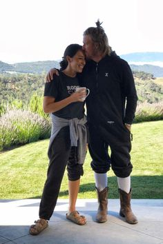 When Chip Had a Man Bun and Joanna Was There for It | #Couplegoals aren't just about the cute moments for the Fixer Upper stars