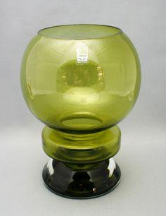 Glass vase, Ella, Nanny Still Retro Art, Retro Vintage, Glass Design, Design Art, Art Of Glass, Lassi, Mid Century Modern Design, Shades Of Green, Scandinavian Design