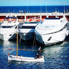 The Old Man and the Sea #sea #sky #barcelona #catalunya #summer #boat #yacht #sailing #sailor #theoldmanandthesea #men #poor #vs #rich #blue #sailboat #port #portofbarcelona by simonsiplak