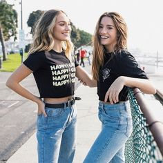 Most Beautiful Share the beauty and love Mackenzie Ziegler Instagram, Maddie And Mackenzie, Dance Moms Quotes, Sister Pictures, Sister Pics, Dance Moms Girls, Mom Jeans, Celebs, Celebrity