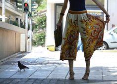 greek fashion blogs | pretty n yummy: Summer love: those handkerchief trousers Harem Pants, Trousers, Greek Fashion, Fashion Blogs, Summer Of Love, Outfit Posts, Parachute Pants, Pretty, Outfits
