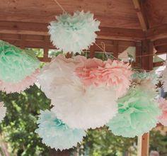 Romantische Pompons aus Seidenpapier