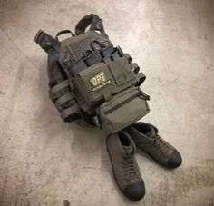Military Gear, Military Weapons, Bullet Proof Armor, Plate Carrier Setup, War Belt, Tactical Wear, Chest Rig, Tac Gear, Military Operations