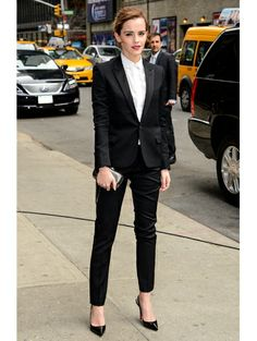 Emma Watson in Saint Laurent - Gespot: de mooiste designeroutfits op de rode loper