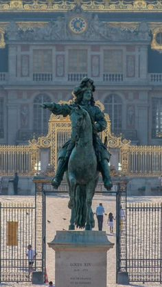 Chateau de Versailles and the equestrian statue of Louis XIV, the Sun King, the builder of Versailles Chateau Versailles, Palace Of Versailles, Louis Xiv Versailles, Paris France, Luís Xiv, Places To Travel, Places To Visit, Château Fort, Ville France